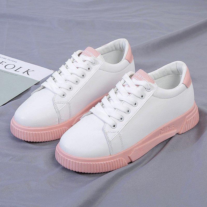 Petit Blanc Chaussures Femmes Bottes 2020 Nouveau printemps et automne femmes Chaussures minces style coréen All-match Chaussures Conseil Décontractée Etudiant en cours Sneakers
