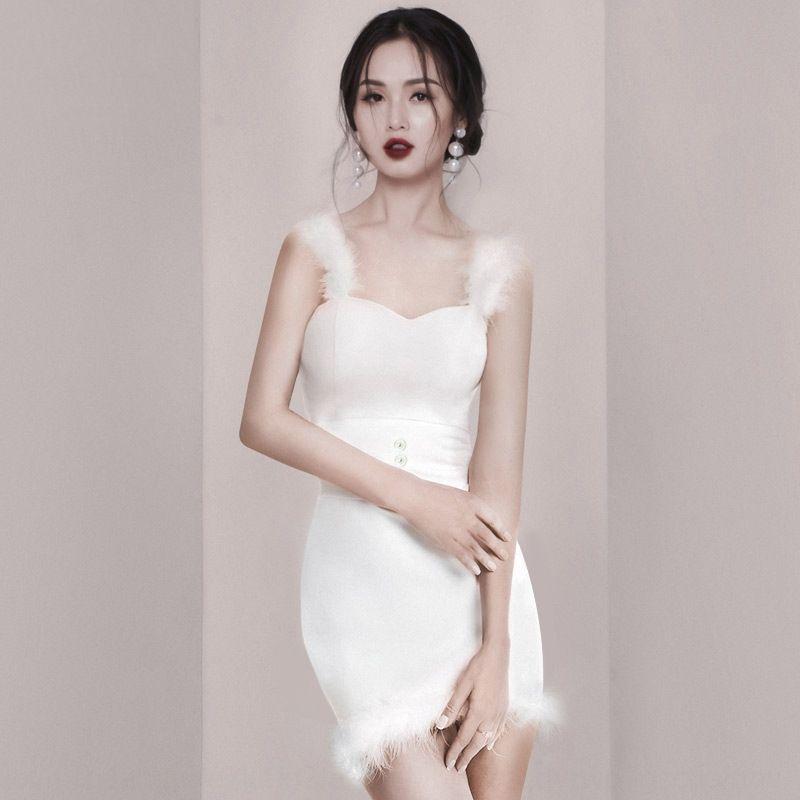 Bianco 2020 estate nuova moda di nicchia sexy dell'imbracatura piuma sottile dell'imbracatura vestito adatto abito corto 6mnzo