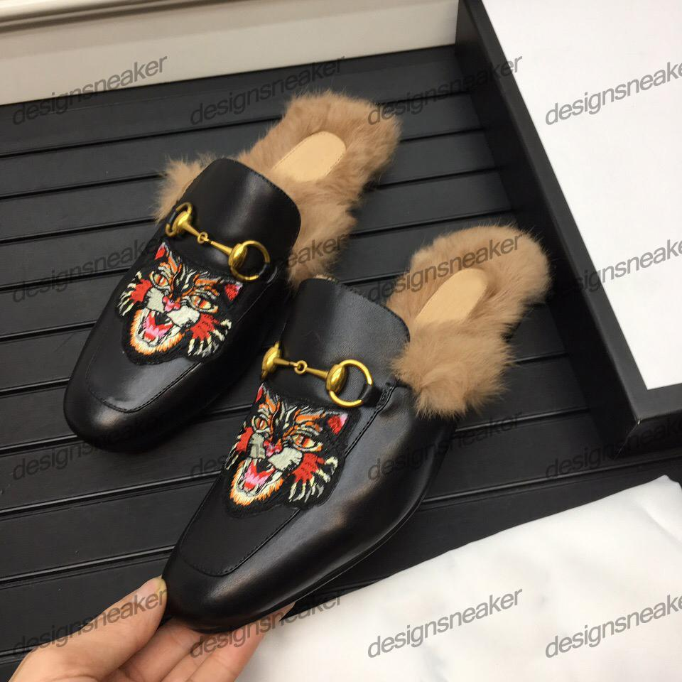 Women Mens Fur Slippers Sliders Mules Scuffs Mens Leather Loafers Platform Casual Shoes Sneaker Bee Snake Printed with Metal Chain