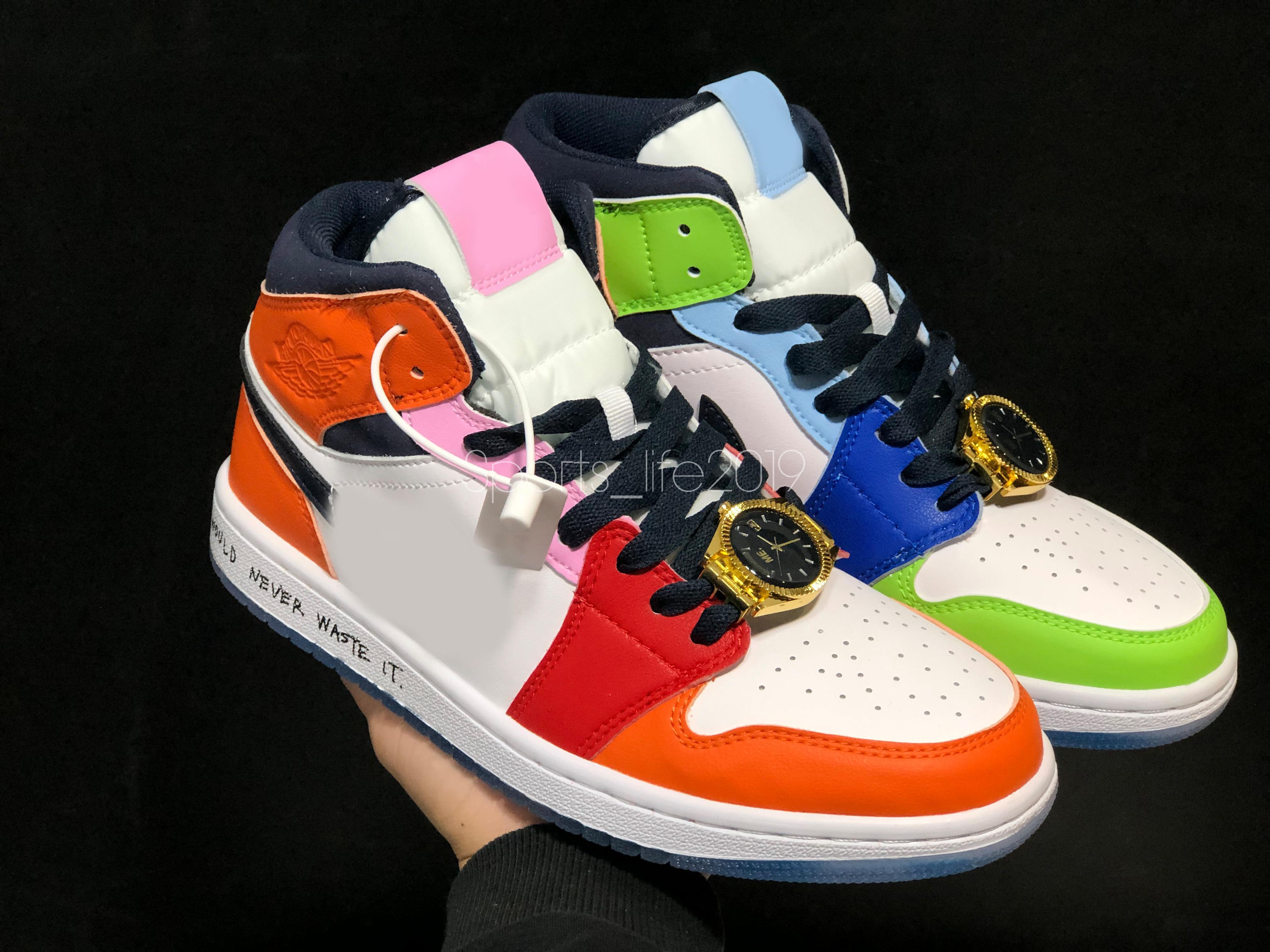 2020 Melody Ehsani x 1 Mid WMNS Donna senza paura Mens Scarpe da basket orologio Guarda il pizzo Gioiello 1s Sneakers Designer CQ7629-100 EUR36-45
