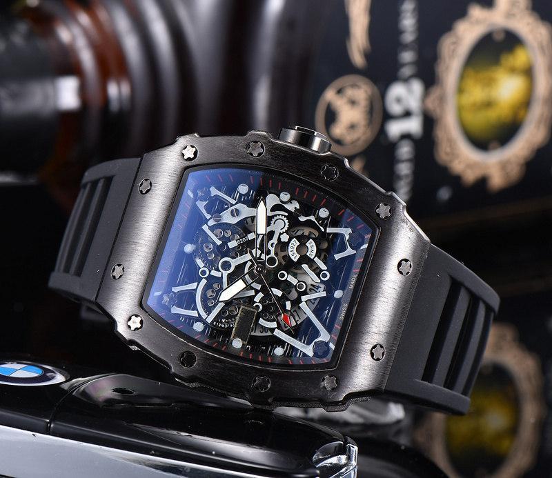 Kuvars Hareketi Saatler Erkekler İzle Moda Spor Kol Silikon Kayış Tonneau Hollow Out Tasarım Toptan Saatler Yeni Stil Dial