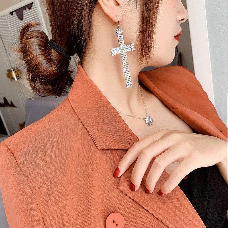 Europäische und amerikanische übertriebene Zircon-Kreuz-Ohrringe Female Fashion Personality Super Flash Wasser Drill Ohrringe Temperament jkP6 #