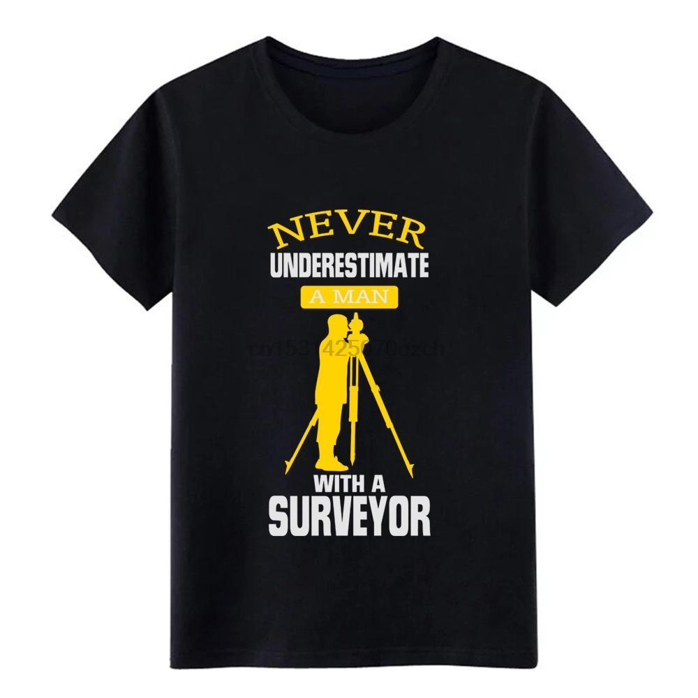 Hommes Un sous-estimez jamais l'homme avec un géomètre! T-shirt à manches courtes caractère Euro Taille S-3XL Tendance graphique Chemise confortable