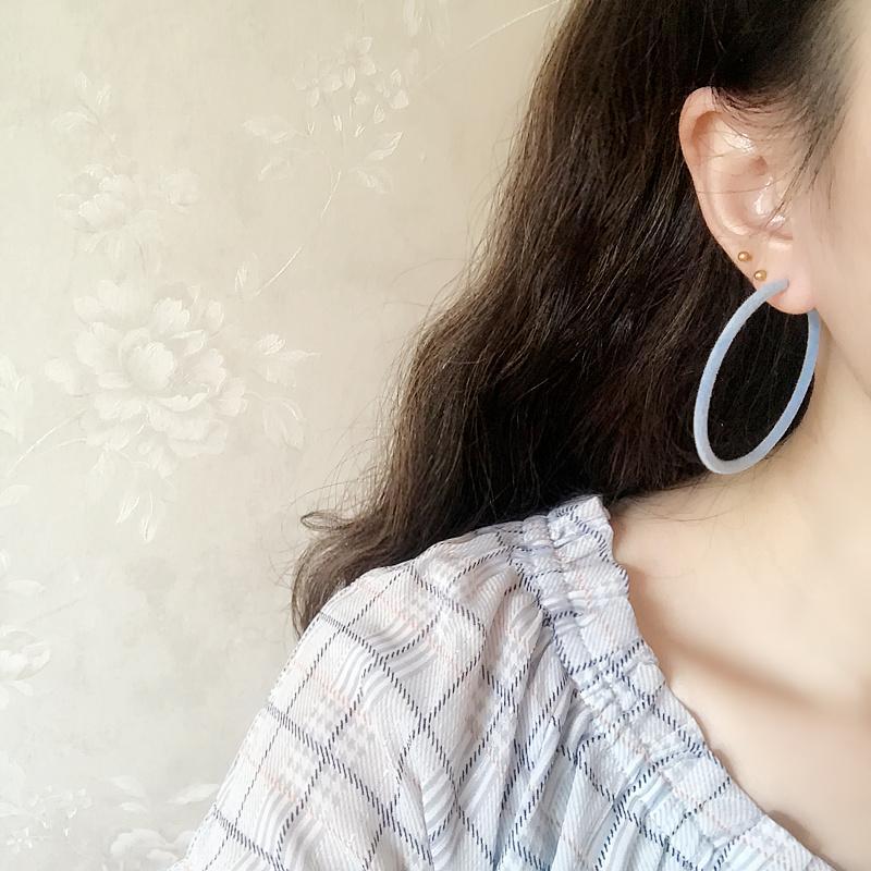 par Korean style Automne et Hiver New Retro Girl Candy couleur rouge velours Boucles d'oreilles S925 Argent aiguille Cercle Flocage Boucles d'oreilles