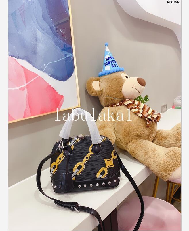 Ünlü marka tasarımcı çanta Crossbody Çanta kaliteli hakiki deri çanta moda lüks tasarımcı çantası messenger çanta çanta