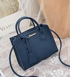 2020 New Designer beweglichen weiblichen Beutel Foreign Luxus kleine quadratische Tasche Schulter Tide Mode Wilde ynXb #