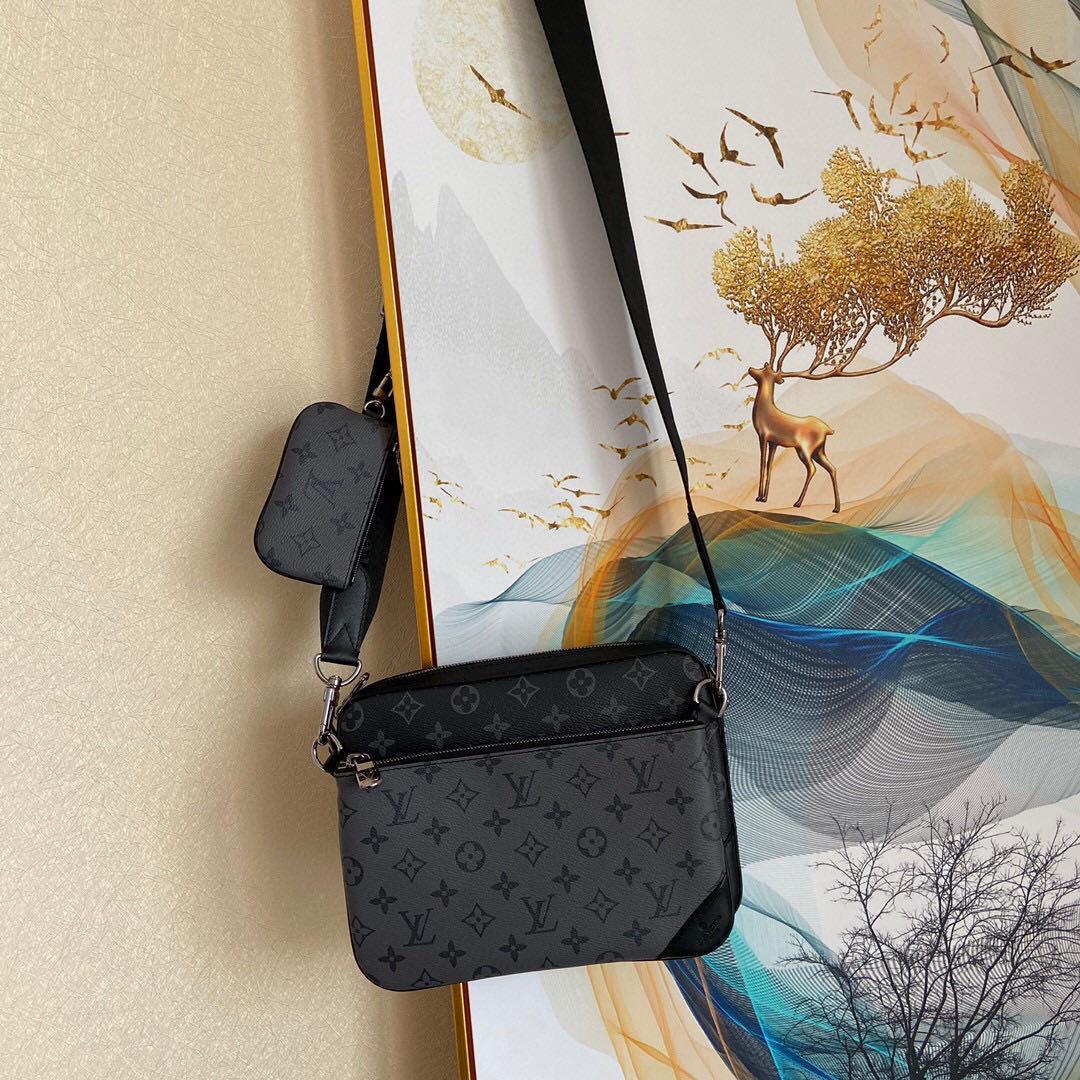 qualité classique haut de gamme sac à main des hommes sac à main 7A coutume mode entreprise accessoires en métal de style décontracté avec une longue bandoulière