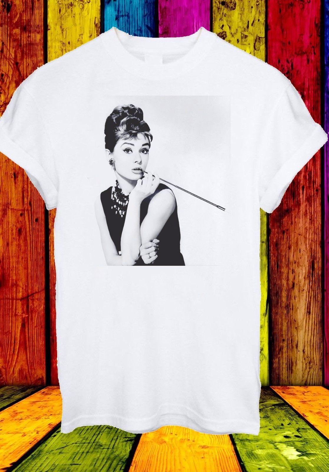 Yabancı Şeyler Tasarım 2019 Yeni Soğuk Kısa Kollu Erkek T Shirt Audrey Hepburn Kadın Oyuncu Kahvaltı At Aktör Kentsel Kpop Tee Gömlek