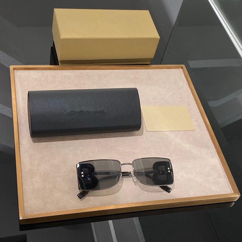 3110 النظارات الشمسية شكل مربع مناسبة للاتجاه للجنسين الأزياء الطليعي نمط عدسة UV400 مكافحة الأشعة فوق البنفسجية مع مربع ذات جودة عالية