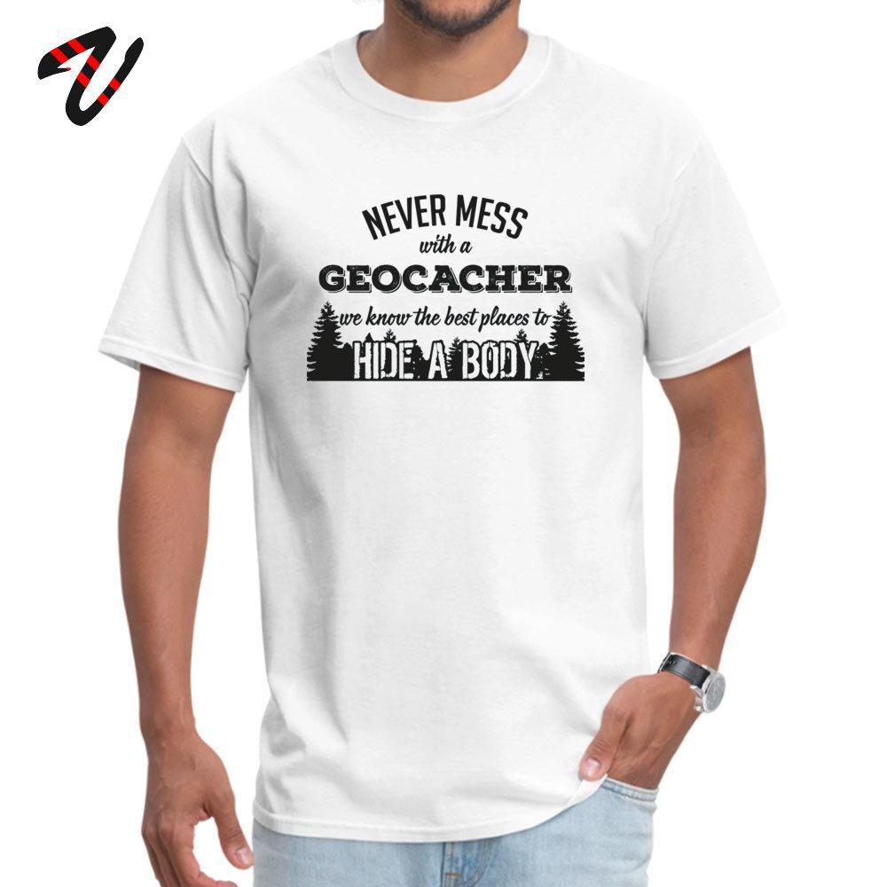 Bir GeoCacher Ucuz Roman ile Baskılı T Gömlek 2019 Yeni Ç Boyun Erkek Tişörtü asla karışıklık Erkekler Tişört Şık SSCB Tees Tops