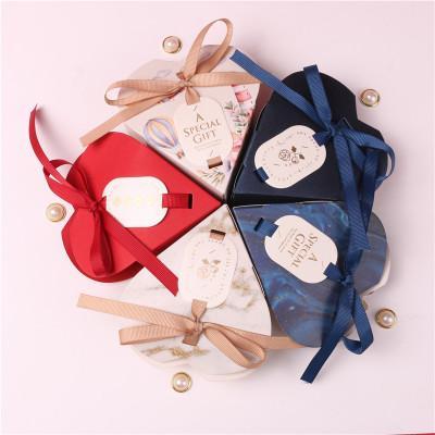Multicolor bonbons Boîtes forme de coeur Voyage papier boîte-cadeau de mariage Anniversaire de Noël boîtes de faveur actuelles d'emballage Faveur