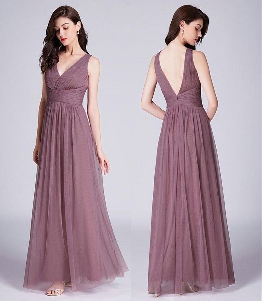 Novas azul escuro Tulle Damas vestidos bonitos elegante da festa de casamento Uma linha V Long Neck plissadas vestidos Customize Vestido