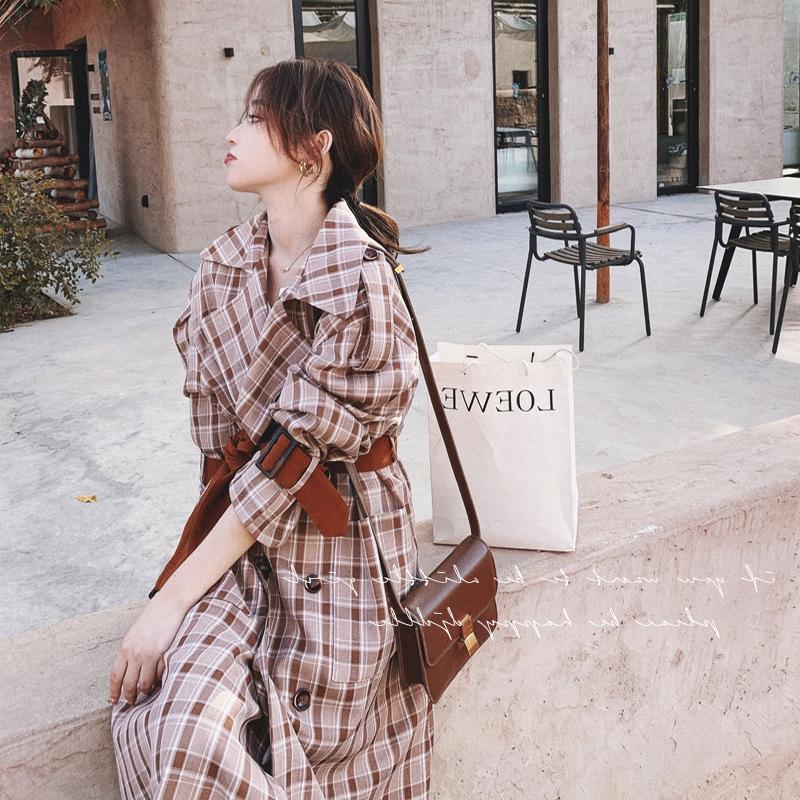 0umEb 2020 Autumn koreanischen Stil Windjacke Mantel beiläufige lose Schlankheits Temperament Göttin Stil Kontrastfarbe karierten halblangen Mantel Graben