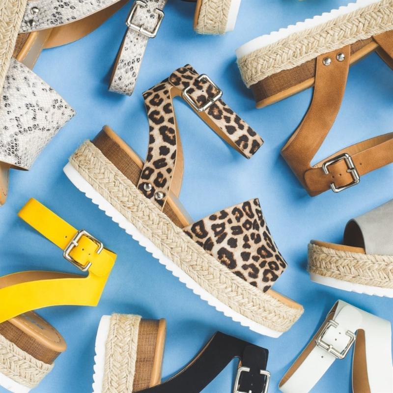 sandales de marque Wedges Schuhfrauensandelholze Plus Size High Heels Damen Sandalen Wort Schnalle starke untere Keil