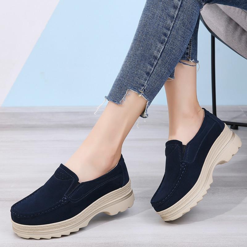 Zapatos de plataforma de otoño de gamuza zapatos zapatos de cuero casual Plano en mocasines 2020 zapatillas de deporte de las damas zapatillas de deporte zapatillas de deporte Blbk