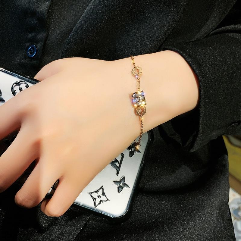 taille en acier de titane petite femme romaine numérique bracelet de bijoux simples ins conception de niche étudiant bracelet coréenne Mori 5V7sw