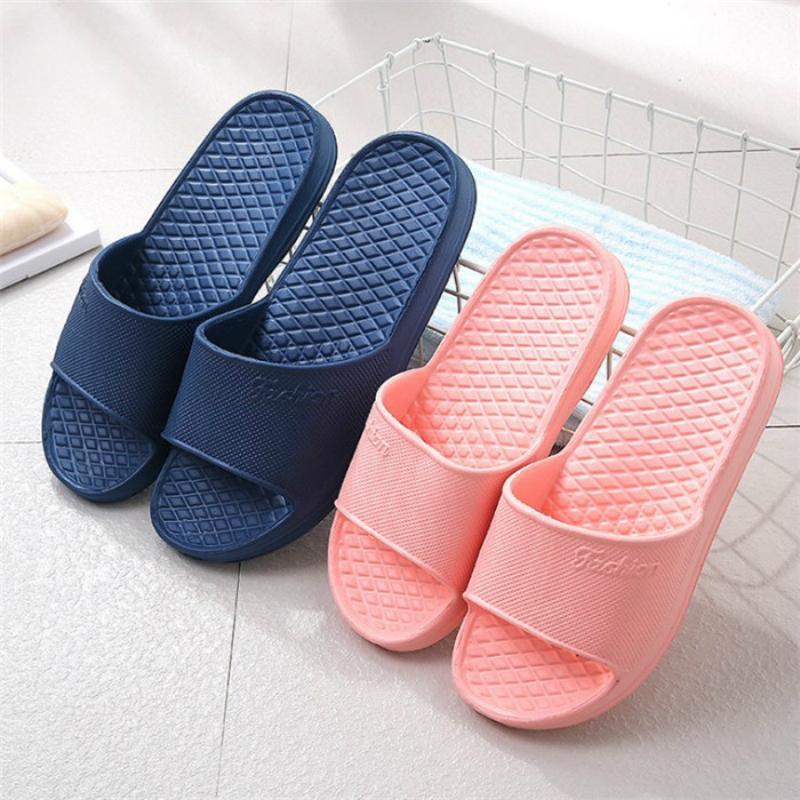 Inicio unisex zapatillas de verano de interior del piso antideslizante zapatillas Pareja Familia mujeres y hombres hotel Baño Bañera sandalia de los deslizadores