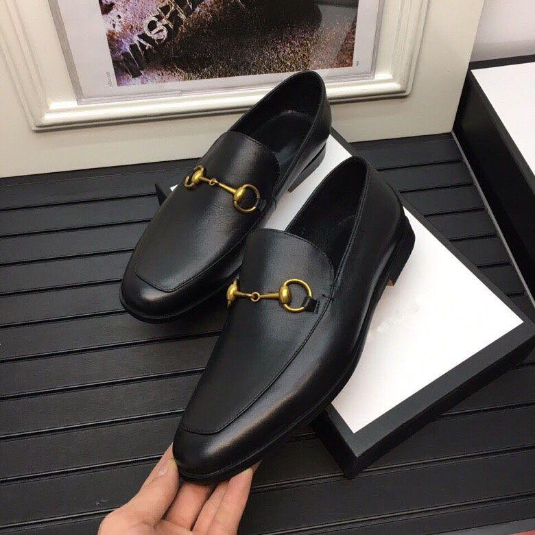Elbise Açık Erkekler Örgün Parti Düğün Kayma Nazik Erkekler Moda Marka Tasarımcı Gerçek Deri İş Oxfords Boyutu 38-45 Ayakkabılar