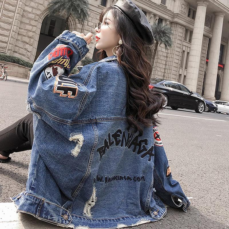 Abbigliamento di 2020 nuovo denim Hole rivestimento delle donne allentato di lunghezza media Giacca di jeans femminile cappotto universitario delle donne di stile