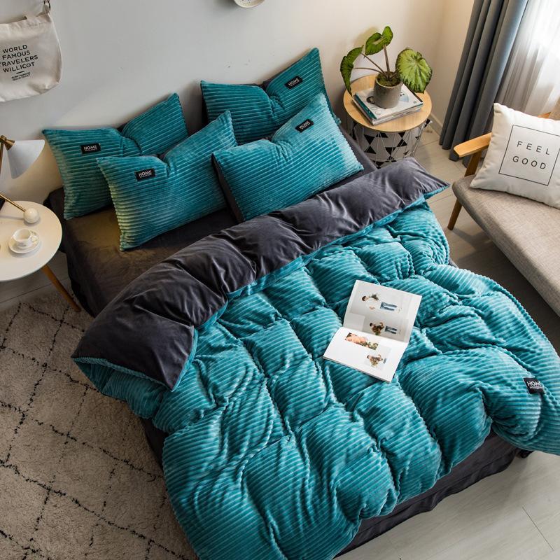 2020 Nova veludo mágica conjunto de cama velo 4pcs / set stripe edredon folha plana de cobertura fronha inverno flanela lado roupa de cama quente AB