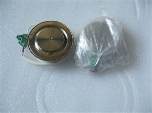 Se utiliza 1Pcs Abb 80173-005-01 / IR 5758.11A