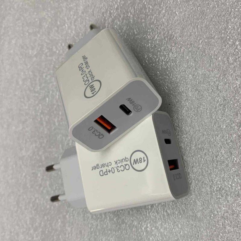18W شاحن USB سريع نوع سريع شحن C PD شحن سريع لشاحن iPhone Eu Us Us Us USB مع شاحن هاتف QC 4.0 3.0 مع المربع
