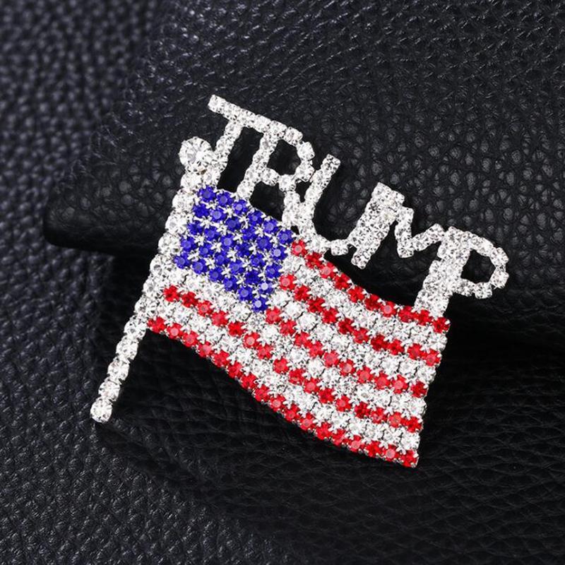 Trump Broche diamant Drapeau américain Broche Lettre strass cristal Trump Badges Badge Manteau Robe Pins Vêtements Bijoux YYA386