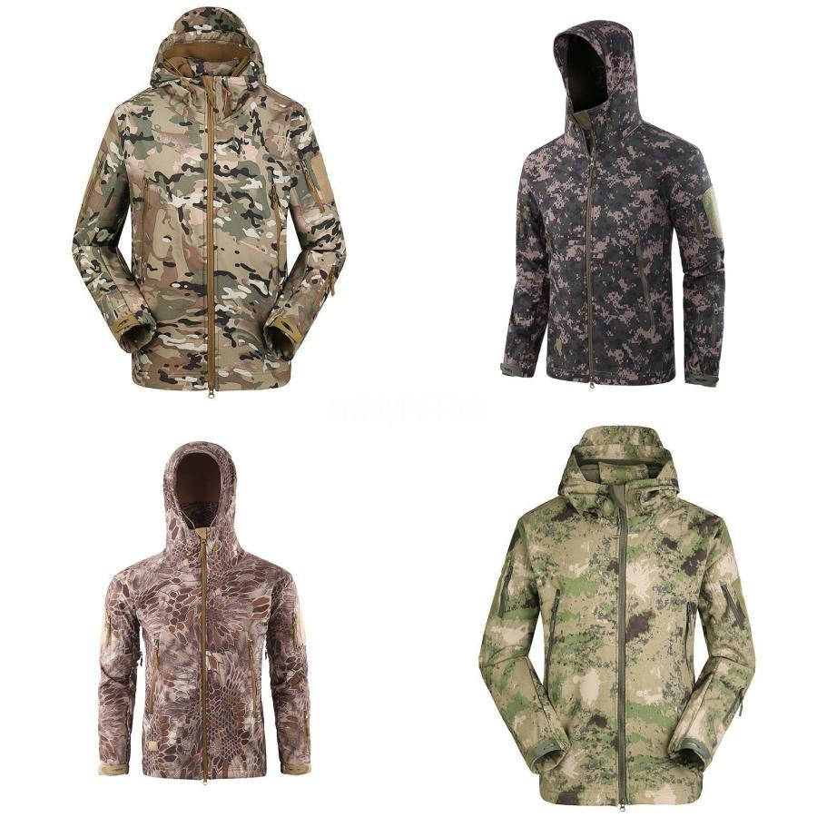 Outono Inverno acolchoado acolchoado Wadded Jacket Men Parka com capuz Brasão Com Pele Velvet longo macho Overcoat Windbreaker # 772