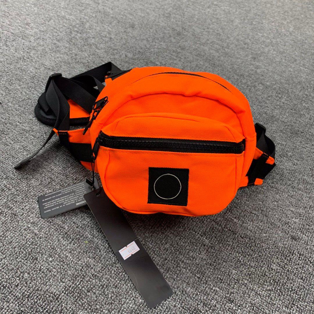 Borse a tracolla Fannypack Designer Messenger Bags di lusso del Mens Waistbag Moda Borsello sport esterno di pacchetto di Fanny Maschio 2020861K