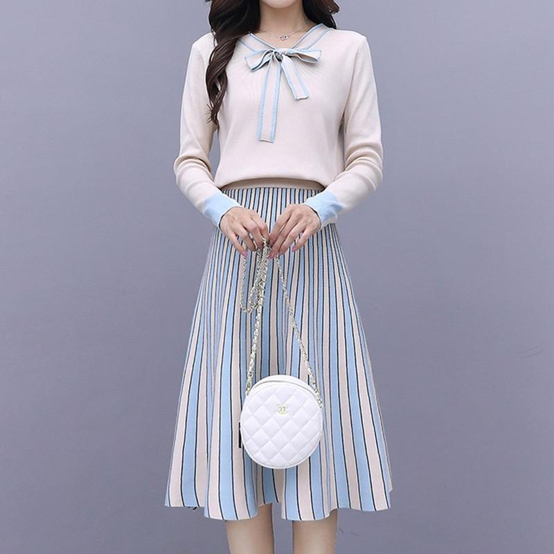 2020 neue Art und Weise Strickkleid Frauen-Weinlese Striped Herbst Winter Bogen Kragen-dünne elastische A-line Damen Pullover Kleid Vestidos