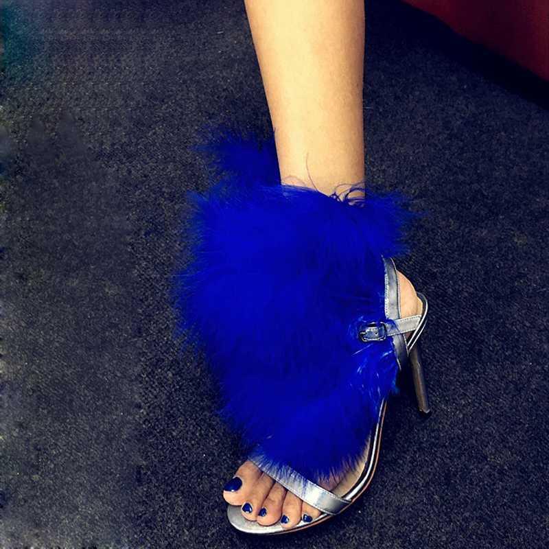 Royal Blue Feather Украшенная шпильках Рим Сандалии Женщины открытым носком Сопроводительные каблуки платье Сценическое обувь Леди пряжки ремень обуви