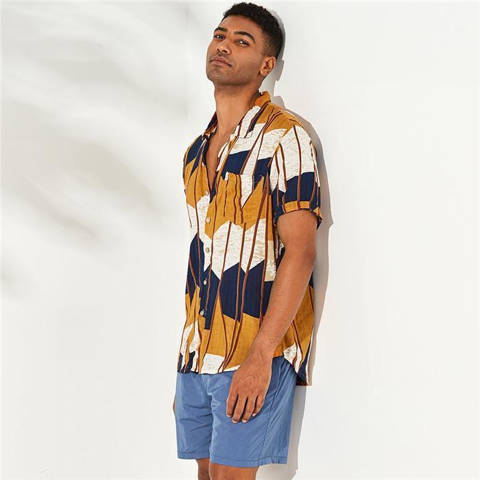 Imprimir camisas Sommer del estilo del diseñador de la playa de la solapa de cuello camisa casual hombres Moda suelta más el tamaño de ropa para hombre rayado irregular
