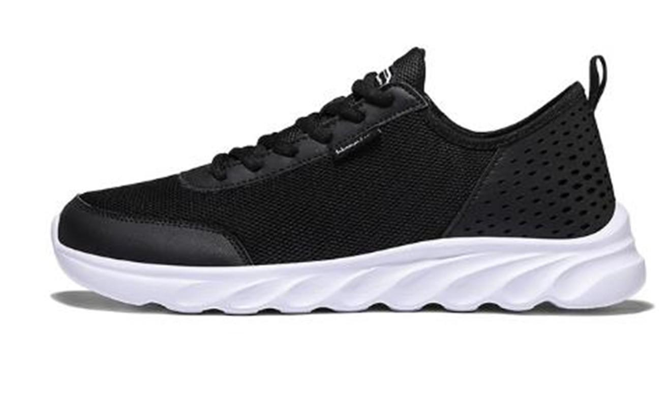 Zapatos blancos clásicos Triple Negro Whit cómodo caliente al aire libre Deportes Trainer