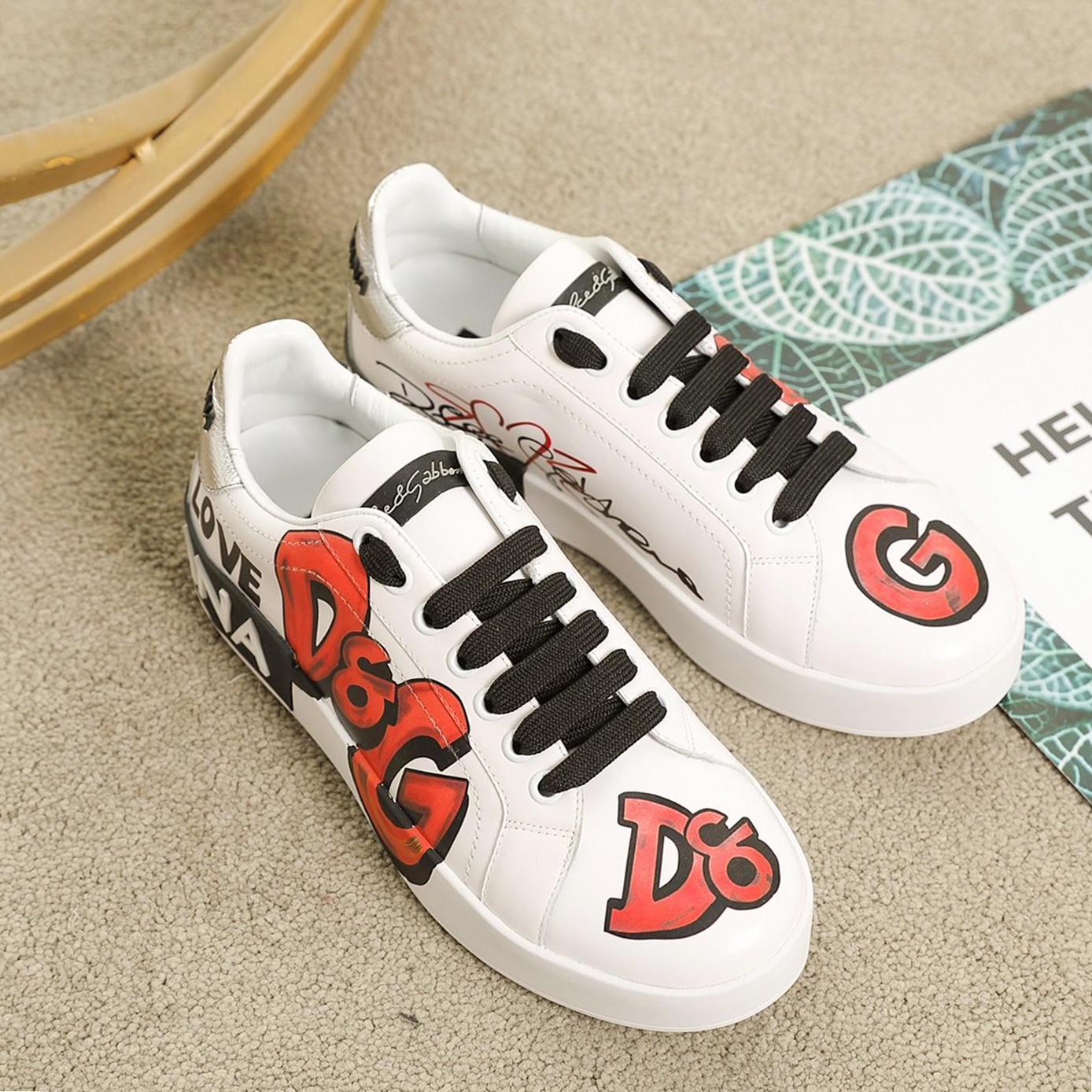 En iyi kalite Moda nakış Çift spor ayakkabı kişilik Yabani Platformlar Womens Casual spor ayakkabı, Baskı deseni iskarpin 0004