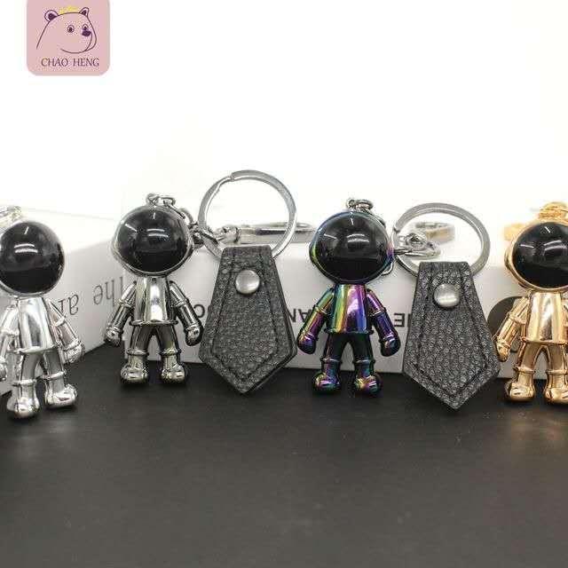 Personality Keychain Astronaut Robot Key chain Metal Pendant Keyrings Car bags Keyholder Women Men Kids Birthday Present Wholesale zdl0808.