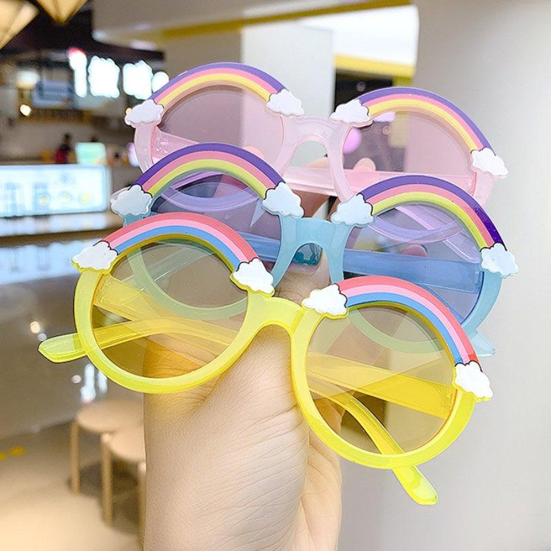 Nette Regenbogen Kinder Sonnenbrille Bunte transparente Rahmen Kinder Sonnenbrille UV400 für Jungen Mädchen 6 Farben Großhandel