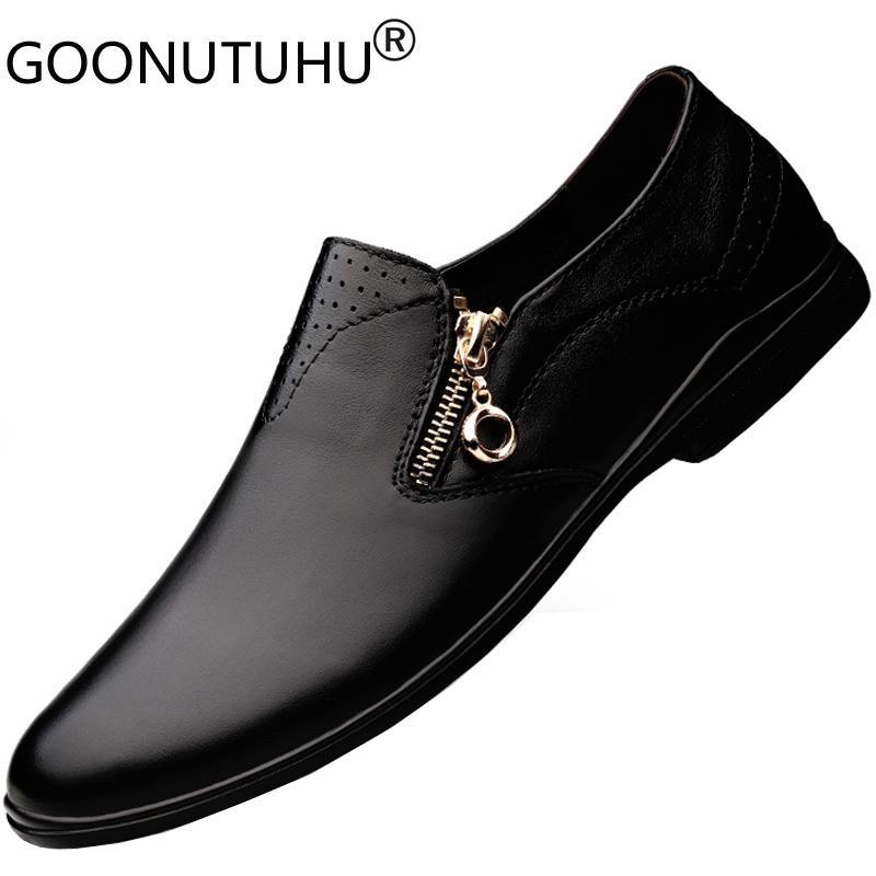 2020 Stil Schuhe Art und Weise der Männer beiläufiges echtes Leder Loafer männlich klassisch braun schwarz Schuh Mann wasserdicht Antrieb Schuhe für Männer