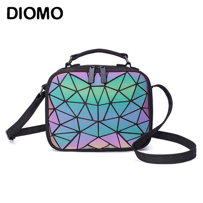 Diomo 2020 Ladies Petite sacoche géométrique Sac à main Sacs à bandoulière pour les femmes Luminous Place étudiant adolescente Laser Sac LJ200827