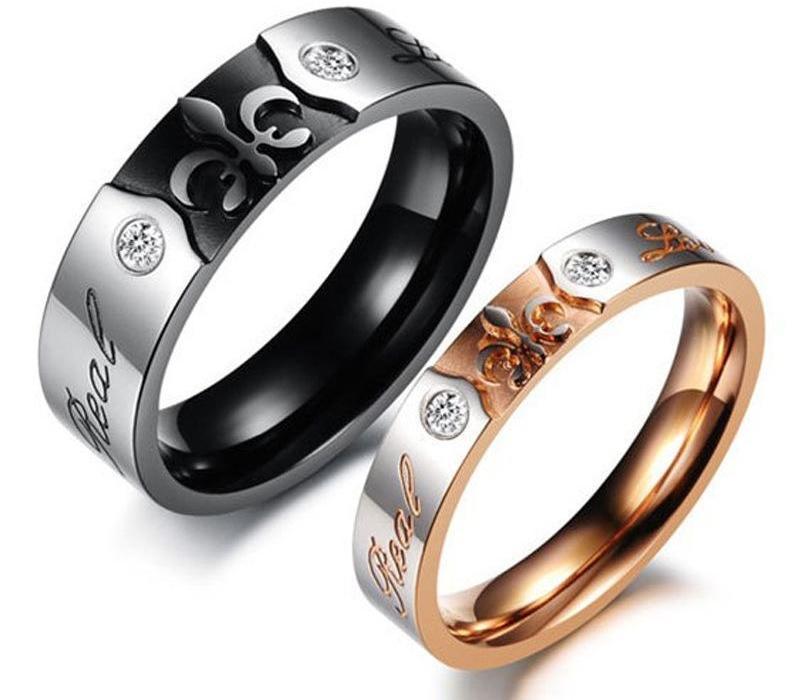 Король Королева Пара Группа Гравировка кольца Личность Designe Наше имя на кольцо Романтический титана стали Мужчины Женщины Engagement11