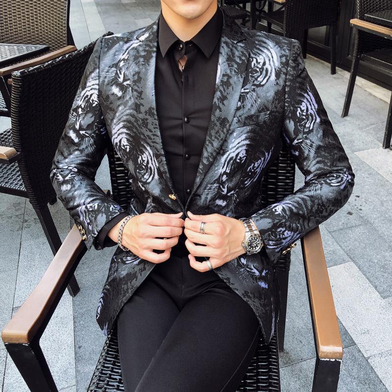Мужские костюмы Blazers Tiger Pattern Parted Blazer Man 2021 Plus Size Costume Hommes Случайный бархатный дизайн ужин Prom Party Seal XZ158