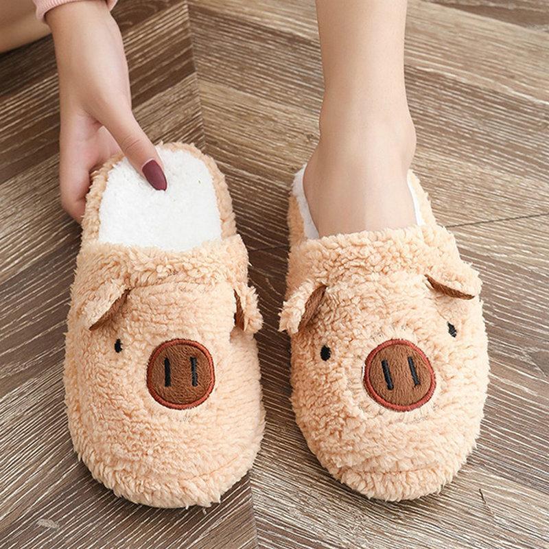 Virar agradável do outono Mulheres Cut Pig Flops calcanhares completa de peles quentes sapatos para a mulher Ins tendência College Girls macia Chinelo