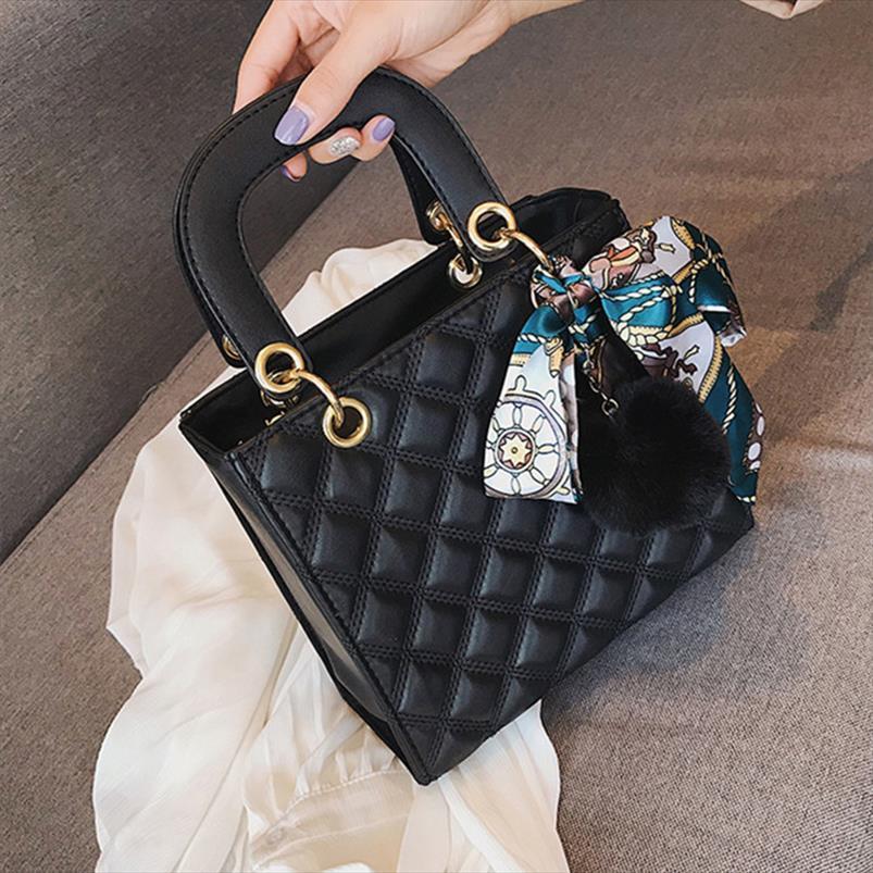 Bolsa de cabelo fita pequena Ladies Bolsas de ombro bola para as mulheres Sacola PU Mensageiro feminina saco Marca Designer bolsa vermelha