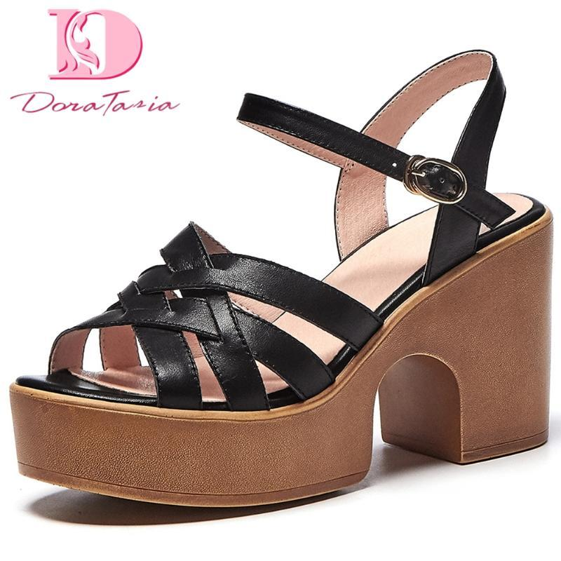 Doratasia 2020 saltos altos quadrados à venda de plataforma de couro genuíno sandálias de pele mulheres verão calçados vaca