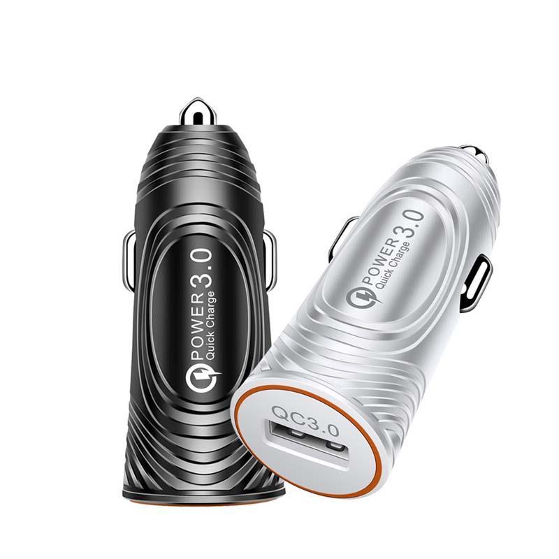 USB شاحن سيارة محول QC3.0 الشحن السريع 3A LED ضوء رصاصة رئيس الهاتف سيارة شاحن للهاتف المحمول اللوحي GPS