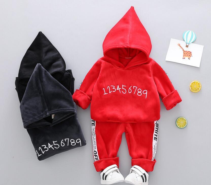 Beste verkaufende neu Boy s'Winter-Strickjacke 2 Stück Digital-Stickerei Fashion Boutique Children 's-Klage