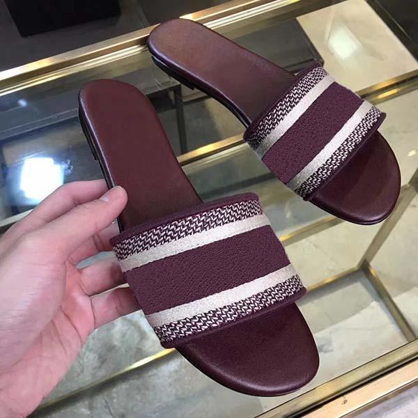 Luxury Designer Slipper Donna Sandali qualità superiore ricamo classico stella eccellente di modo casuale Slipper Sandy Infradito Taglia 34-42 Con