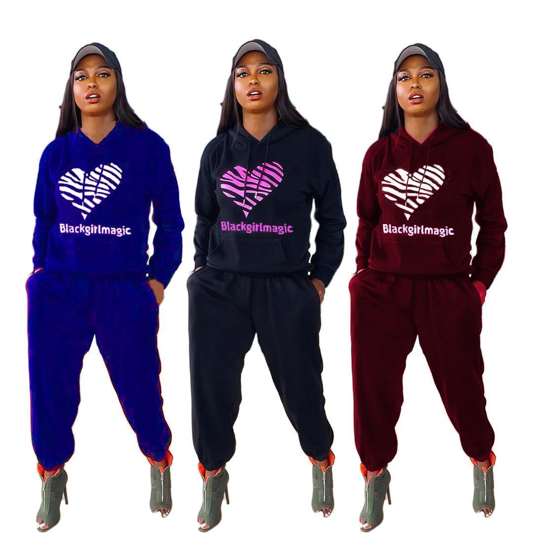 Женщины носить 2021 брюки осенью и зимние брюки с длинным рукавом напечатаны с капюшоном повседневный набор из двух частей