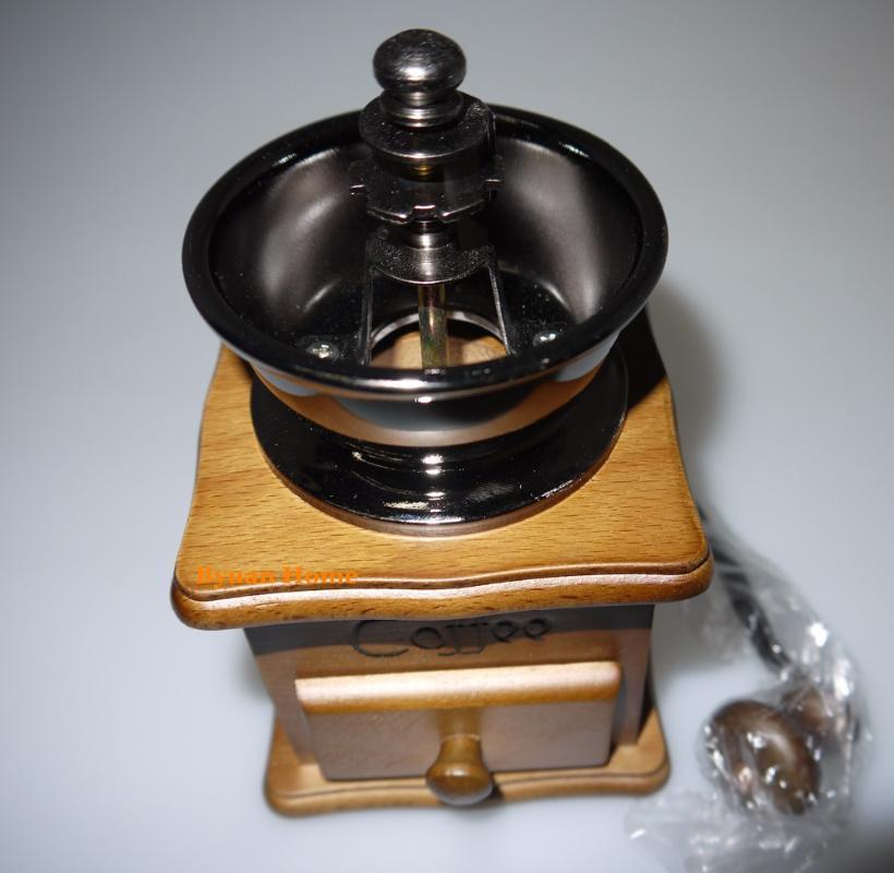 BYUAN INICIO de la luz de color MMG13 clásico de molienda de cerámica rebabas molinillo de café manual de herramientas manual de café de alta calidad