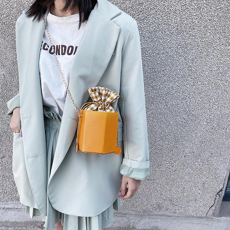 Eimer-Tasche Mode neue Sommerfrauen Großhandel Pull-Gürtel-Ketten-Tasche All-Match-Frauen-Single-Schulter-Crossbody 2020 jmfuf