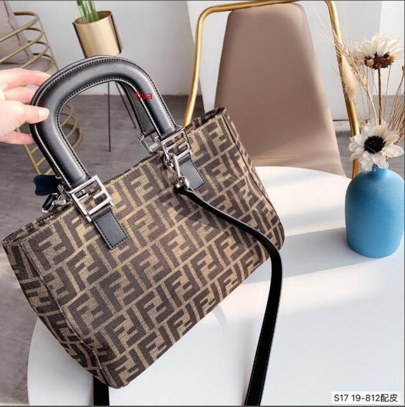 Torbaları en popüler alışveriş torbalarını Alışveriş, basit harf tasarımı herhangi bir renk giysiler şekli ile eşleştirilebilir